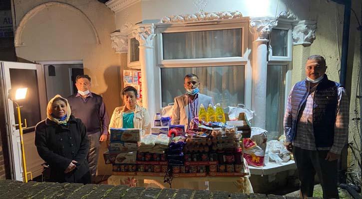 হোপ অ্যান্ড হিউম্যানিটি ফাউন্ডেশনের উদ্যোগে দুস্থদের মাঝে খাদ্য সামগ্রী বিতরণ