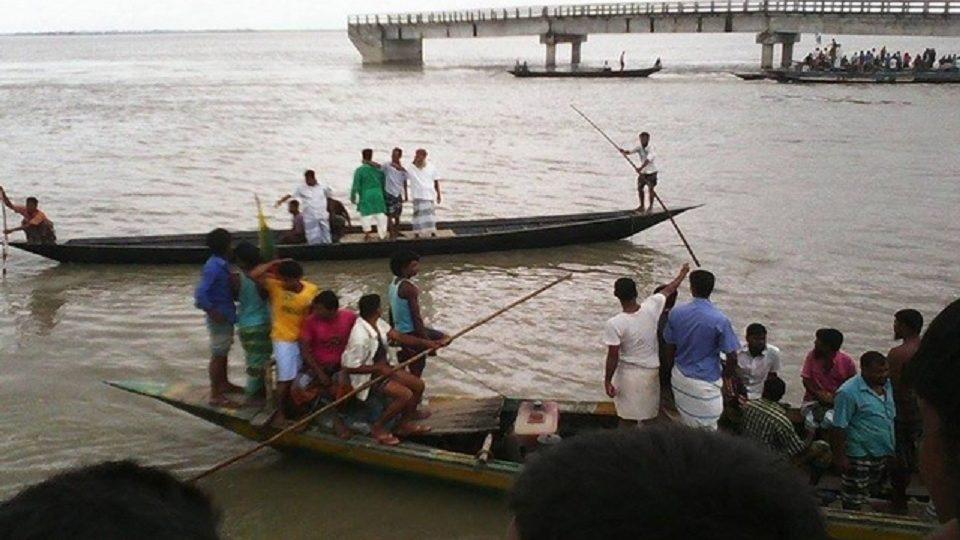 বাঁকখালীতে নৌকাডুবি : জীবিত উদ্ধার ১, মৃত ১