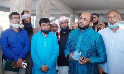 ধুনটে মডেল মসজিদ পরিদর্শন করলেন ইফা'র মহাপরিচালক
