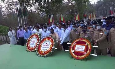 গোপালগঞ্জে স্বাধীনতা দিবসে শহীদের প্রতি শ্রদ্ধা