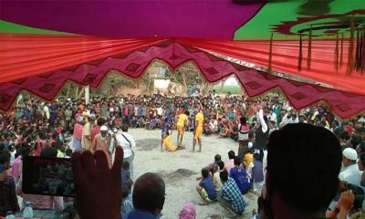 নওগাঁর আত্রাইয়ে অনুষ্ঠিত হয়ে গেল ঐতিহ্যবাহী লাঠি খেলা