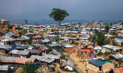কক্সবাজার রোহিঙ্গা ক্যাম্পে পাহাড় ধসে নিহত ৮