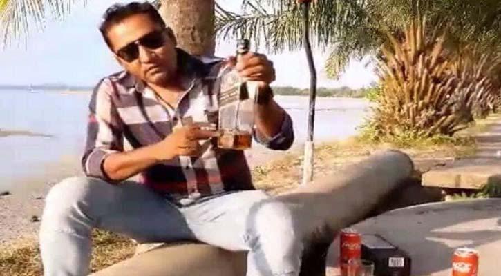 ওবায়দুল কাদেরকে কটুক্তি নোবিপ্রবি'র কর্মকর্তা সম্রাট আটক